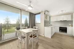 1-bed-superior-oceanview-unit18-dining