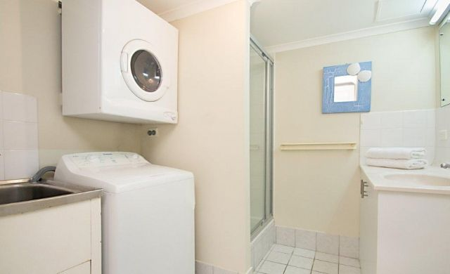 broadbeach-accommodation-apartments (1)