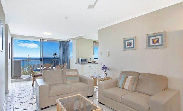 broadbeach-accommodation-apartments (2)
