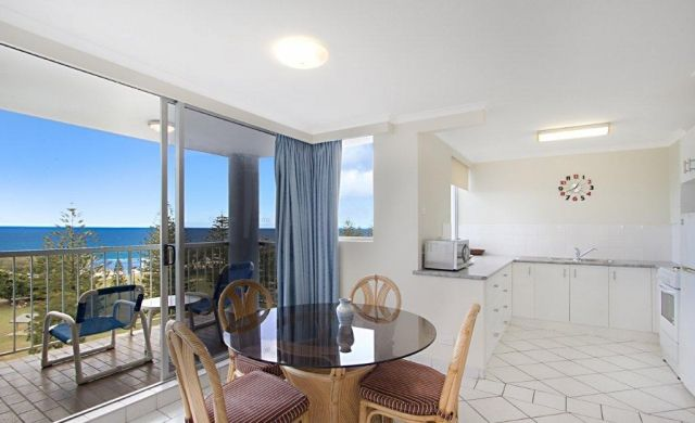 broadbeach-accommodation-apartments (3)