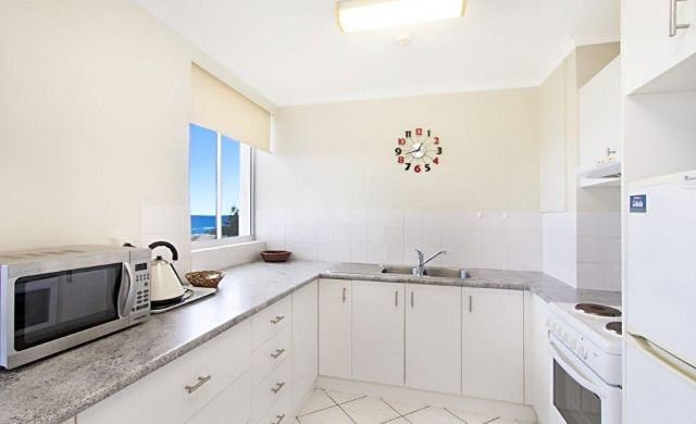 broadbeach-accommodation-apartments (4)