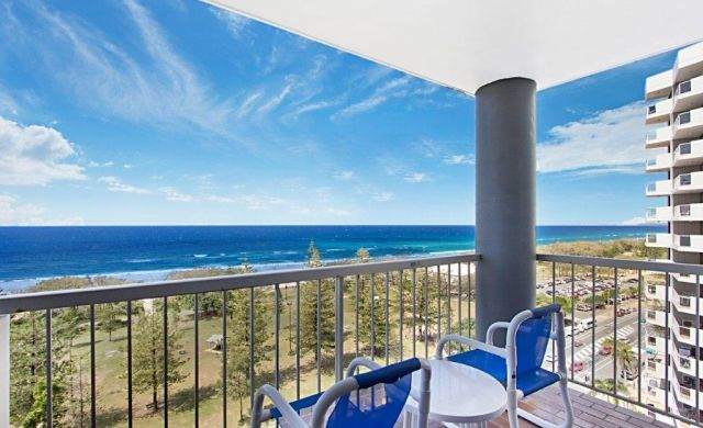 broadbeach-accommodation-on-the-beach (5)