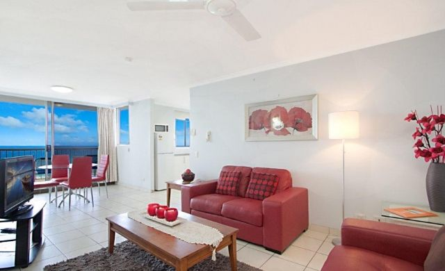 broadbeach-accommodation-on-the-beach (6)