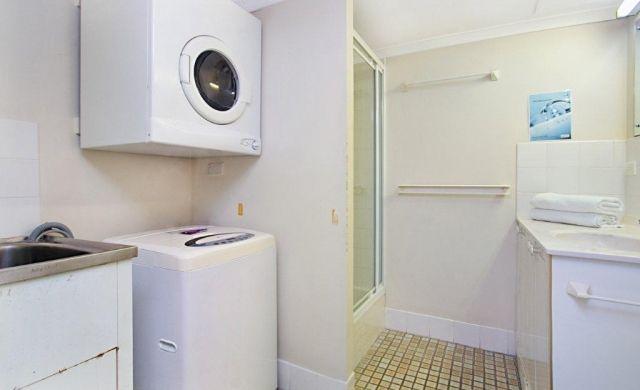 holiday-apartments-broadbeach (1)