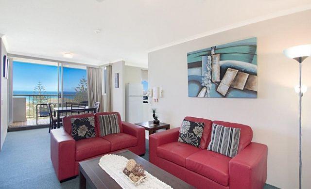 holiday-apartments-broadbeach (2)