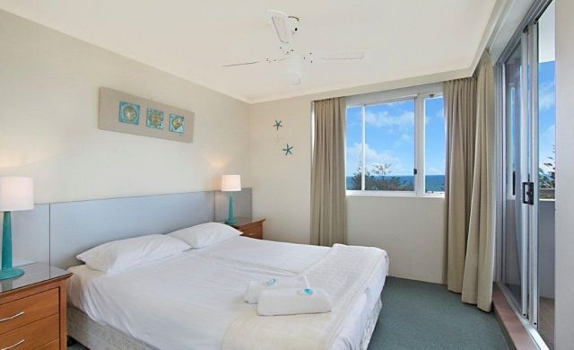 holiday-apartments-broadbeach (5)
