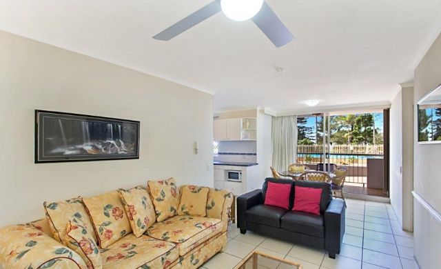 broadbeach-accommodation-on-the-beachfront (3)
