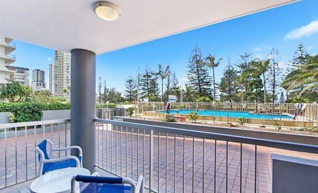 broadbeach-accommodation-on-the-beachfront (6)