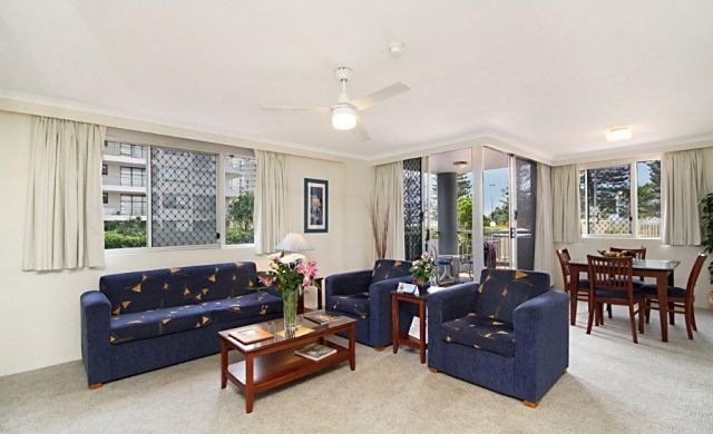 self-contained-apartments-broadbeach (4)