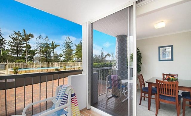 self-contained-apartments-broadbeach (5)