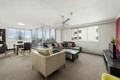 2-bed-budget-oceanview-unit27-living-web