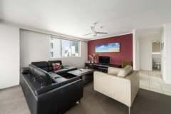 2-bed-budget-oceanview-unit27-lounge