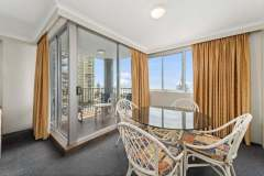 2-bed-budget-oceanview-unit36-dining