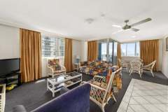 2-bed-budget-oceanview-unit36-living