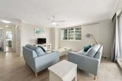 2-bed-superior-oceanview-unit24-lounge