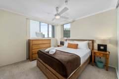 2-bed-superior-oceanview-unit47-bedroom