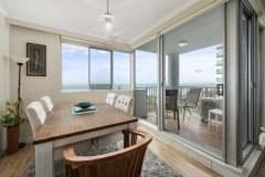 2-bed-superior-oceanview-unit47-dining