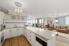 2-bed-superior-oceanview-unit47-kitchen