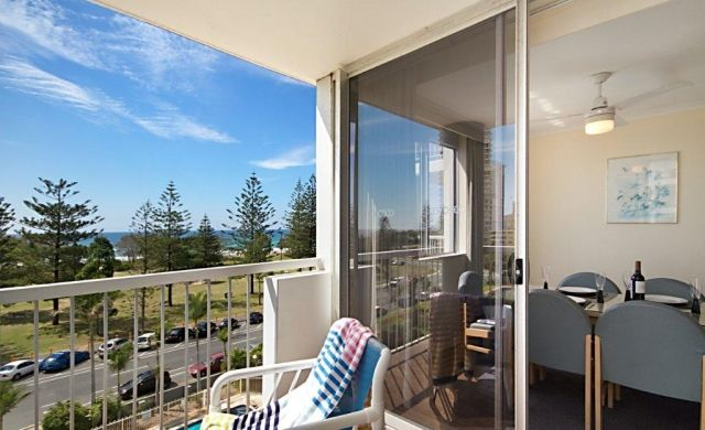 broadbeach-accommodation (12)