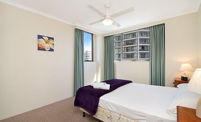 broadbeach-beachfront-accommodation (6)