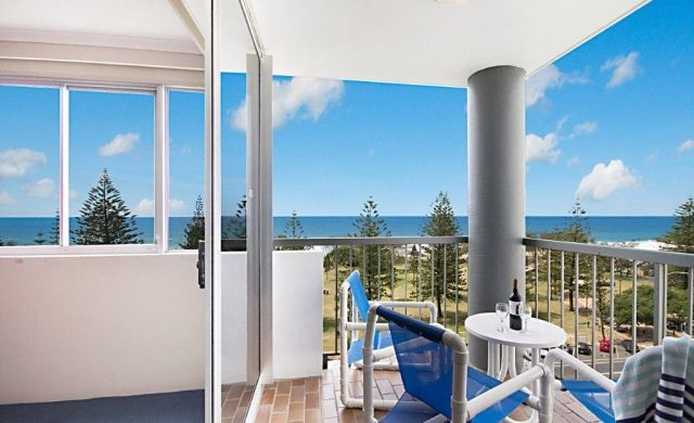 broadbeach-waterfront-accommodation (4)