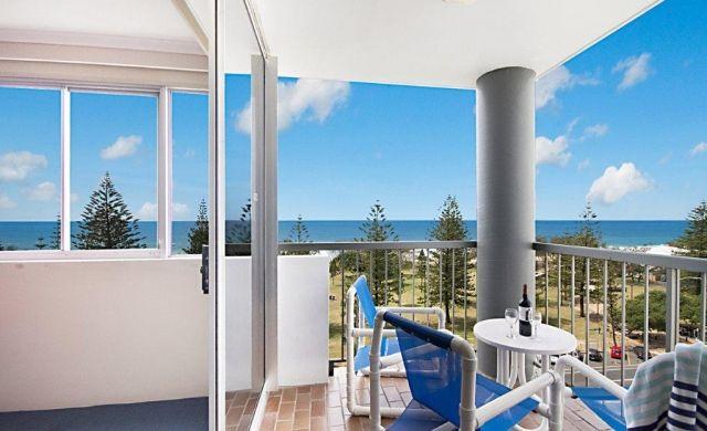 broadbeach-waterfront-accommodation (4)