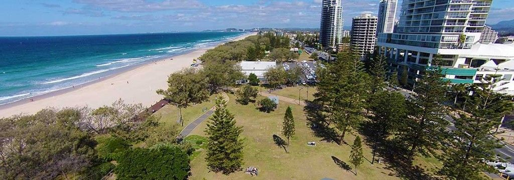 Broadbeach towards Burleigh Heads
