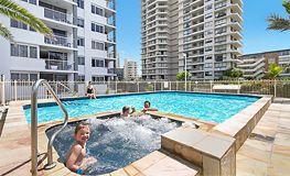 Broadbeach apartment facilities