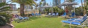Tropically themed garden for sun lovers